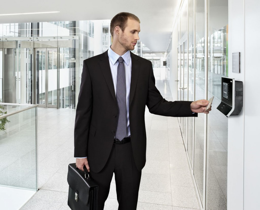 signs-you-need-an-access-control-system